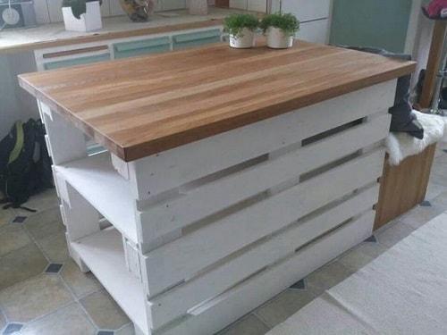 wood pallet kitchen island 2