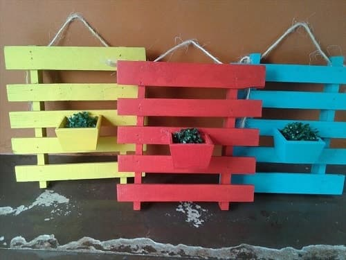 wood pallet wall decoration ideas 12