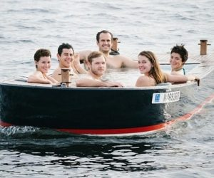 hot tub boat 3-min