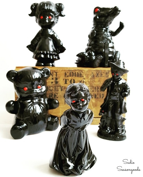 DIY Spooky Figurines 1-min