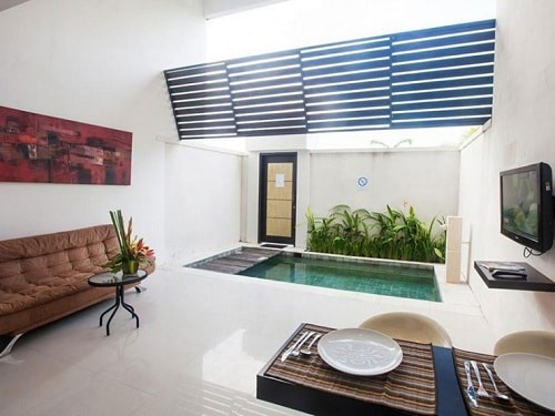 Modern Living Room With Pool