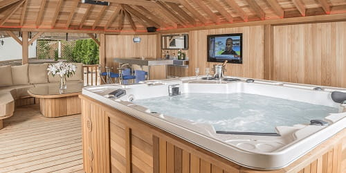 Oasis-Hot-Tubs
