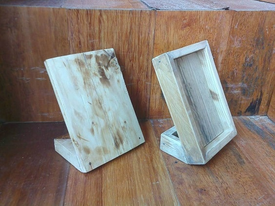DIY Rustic Pallet Frame 13-min
