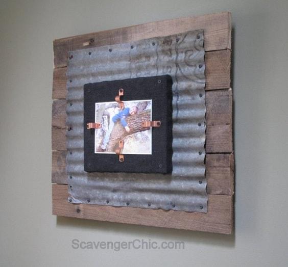 DIY Rustic Pallet Frame 2-min