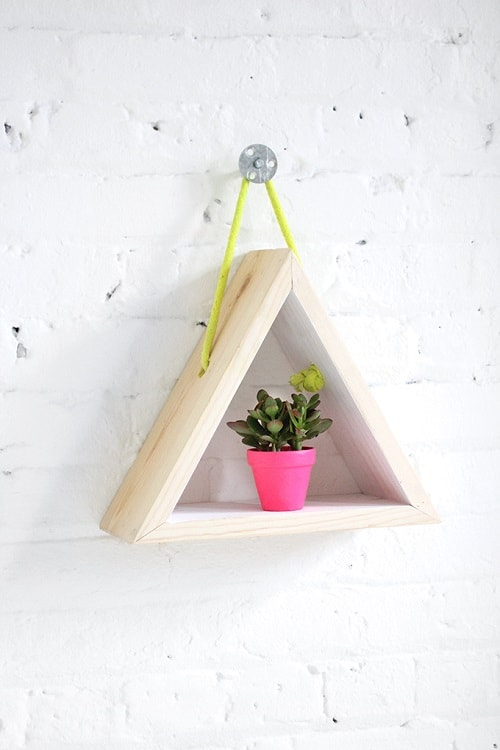 diy floating triangular shelves 20