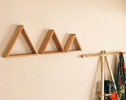 diy floating triangular shelves 24