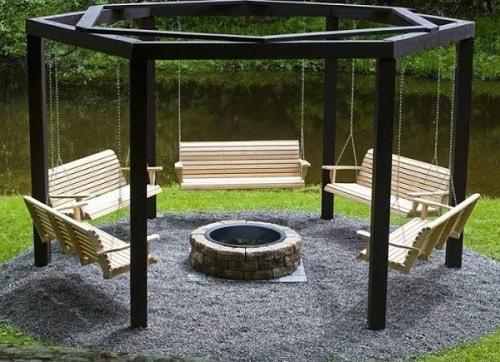 small round patio 1-min
