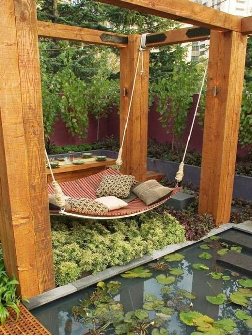 small round patio 11-min