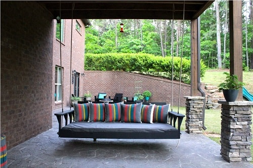 small round patio 21-min