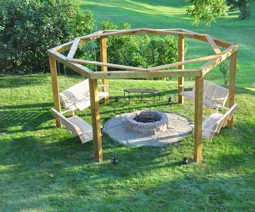 small round patio 3-min