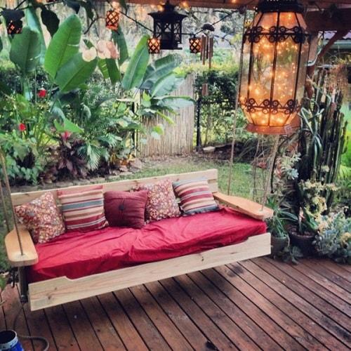 small round patio 5-min