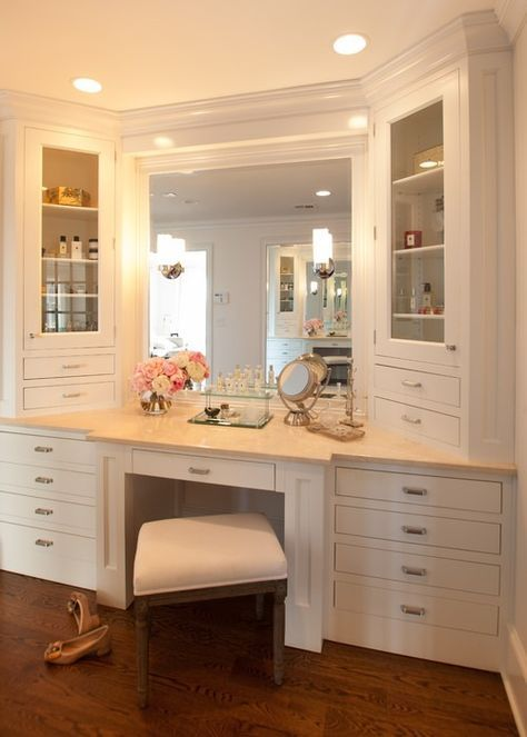 Bathroom Vanity With Seating Area 6-min