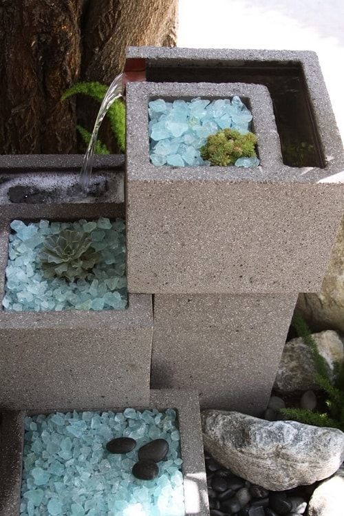 cinder blocks decorating ideas 17-min