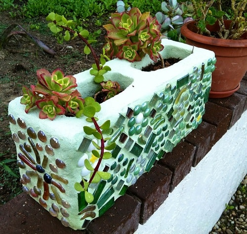 cinder blocks decorating ideas 19-min