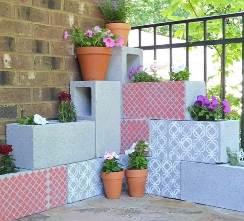 cinder blocks decorating ideas 3-min