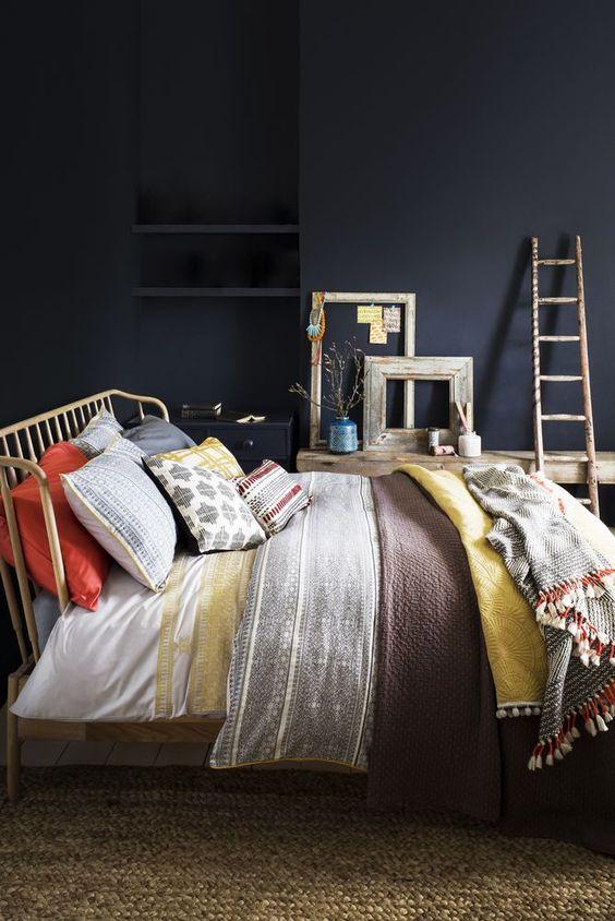 pinterest-worthy bedroom decoration 11-min