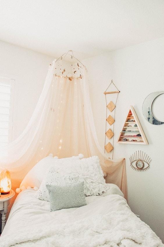 pinterest-worthy bedroom decoration 19-min