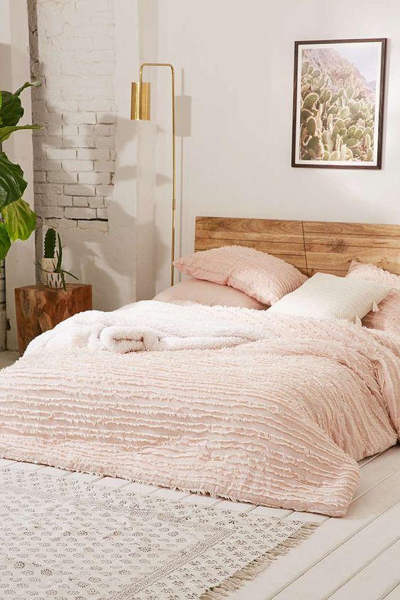 pinterest-worthy bedroom decoration 25-min