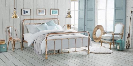pinterest-worthy bedroom decoration 4-min