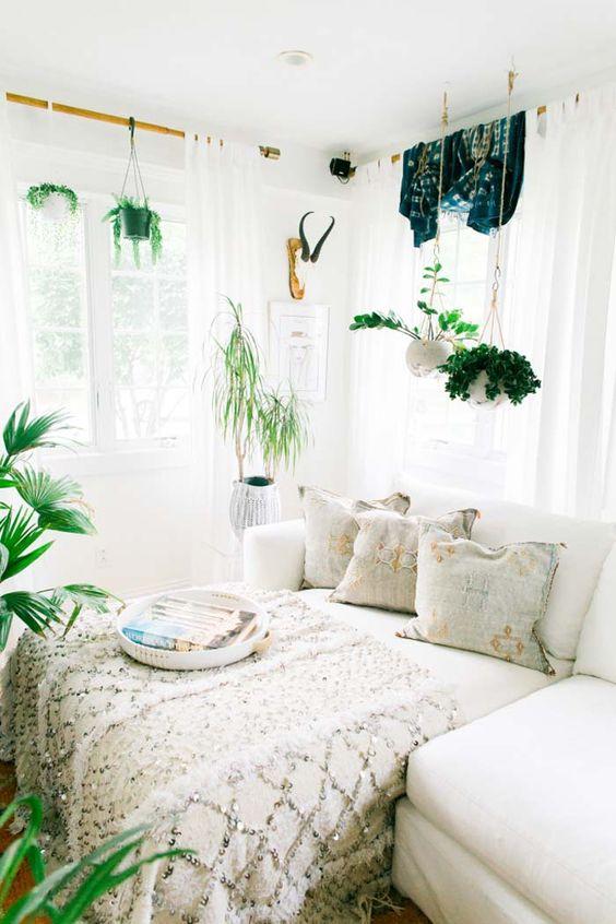 pinterest-worthy bedroom decoration 7-min