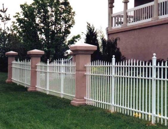 white aluminum fence ideas 18-min