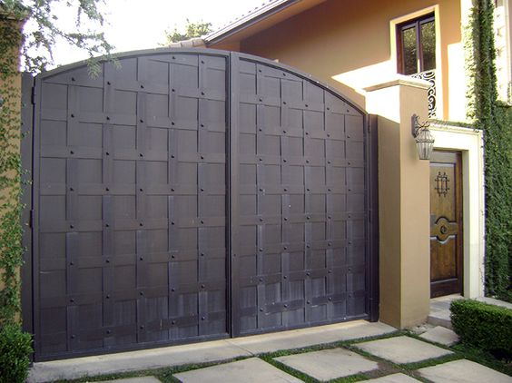 Wrought Iron Driveway Gate Design Ideas 24-min