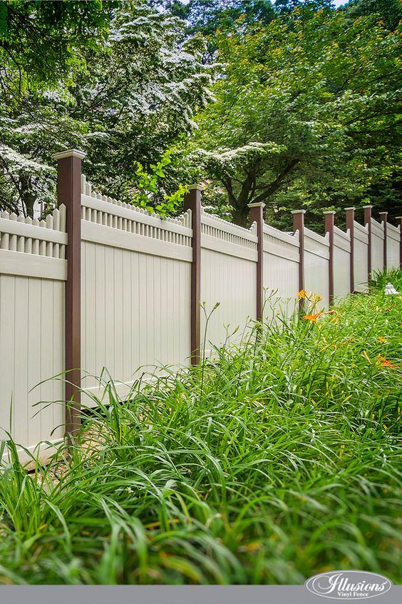 best vinyl fencing 4-min
