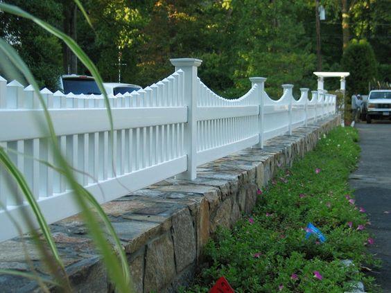 best vinyl fencing 8-min