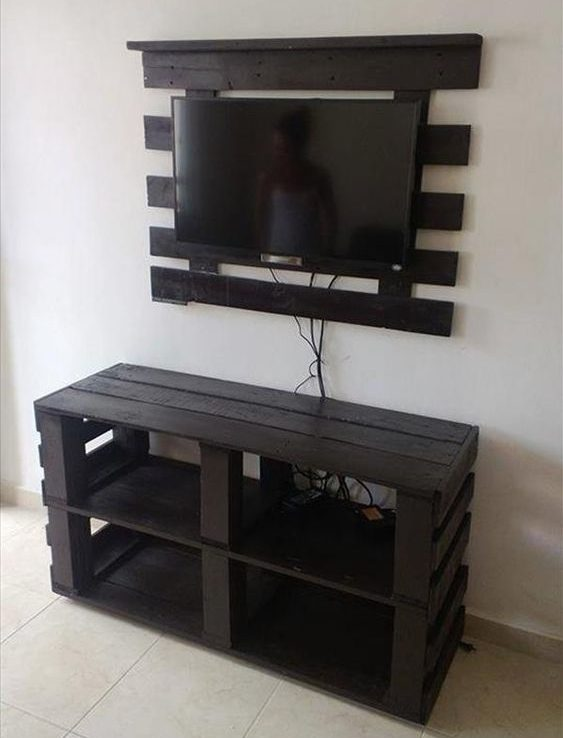 diy wood pallet tv console 10-min