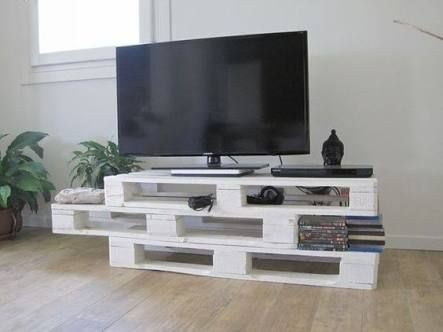 diy wood pallet tv console 11-min