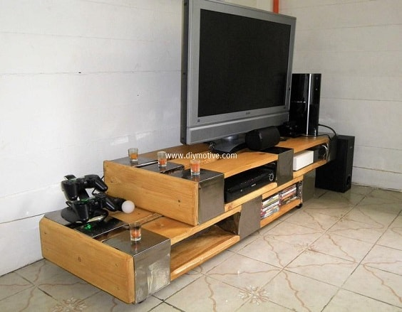 diy wood pallet tv console 16-min