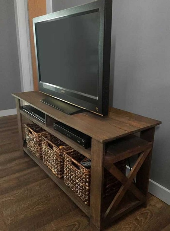 diy wood pallet tv console 20-min