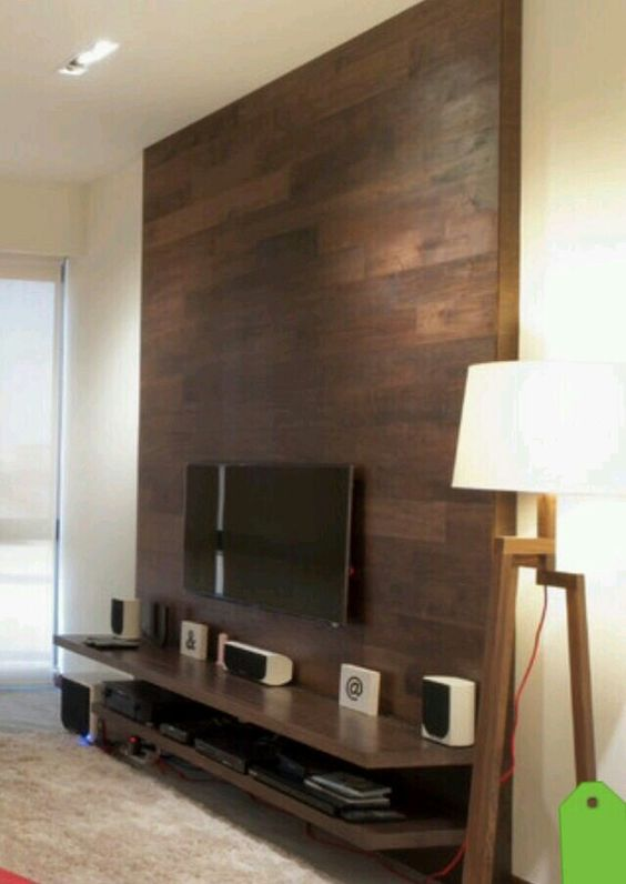 diy wood pallet tv console 4-min