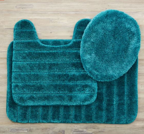 25+ Affordably Stunning Teal Bathroom Rugs To Buy