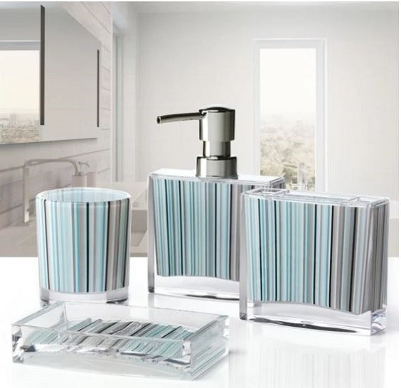 Aqua Bathroom Accessories 15-min