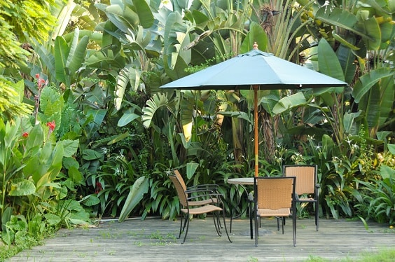 diy patio landscaping ideas 21-min