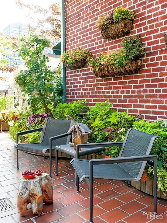 diy patio landscaping ideas 23-min