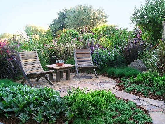 diy patio landscaping ideas 4-min