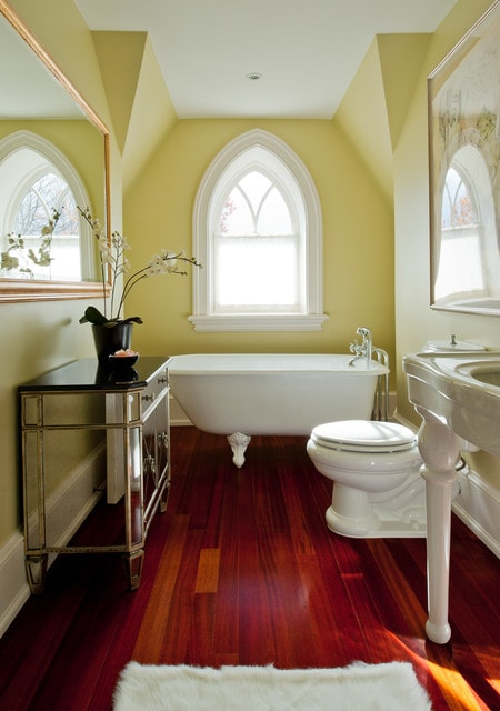 gothic bathroom decor 2-min