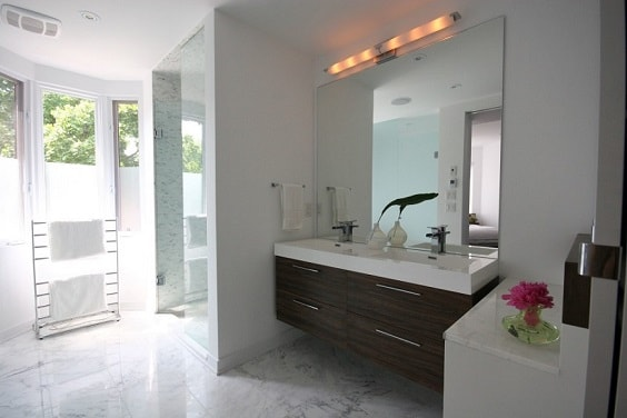 his and hers bathroom sink 16-min