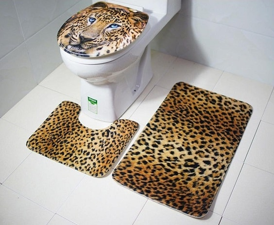 leopard bathroom 3-min