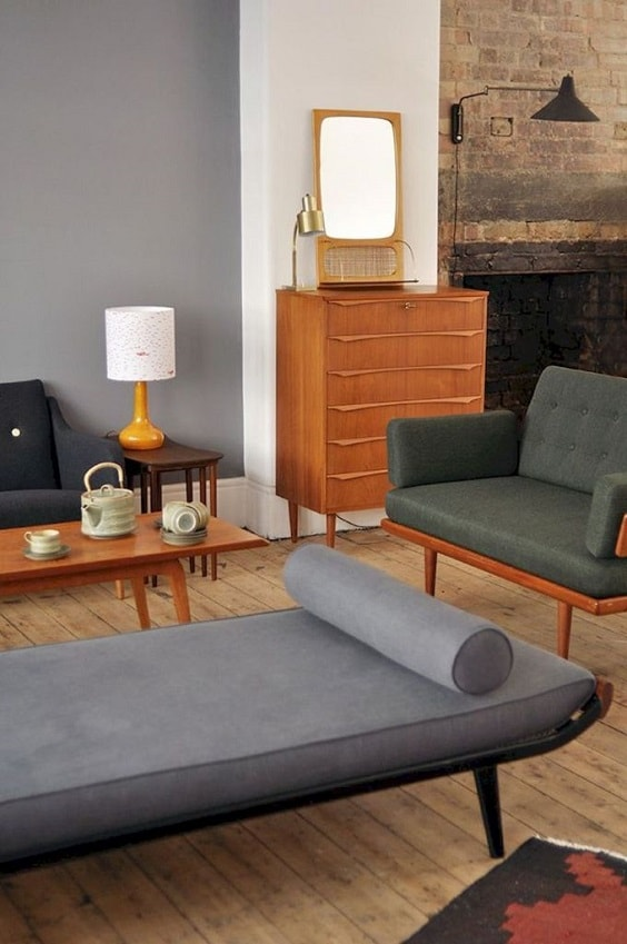 mid-century living room 20-min