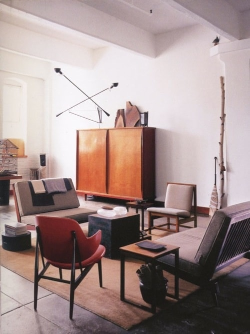 mid-century living room 8-min