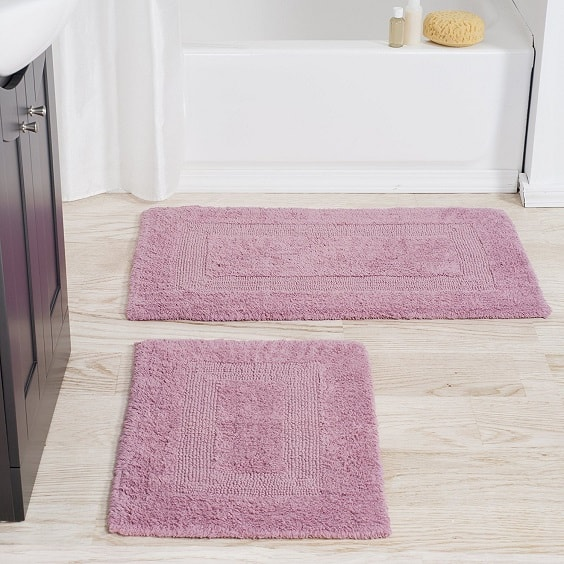 pink bathroom rugs 1-min