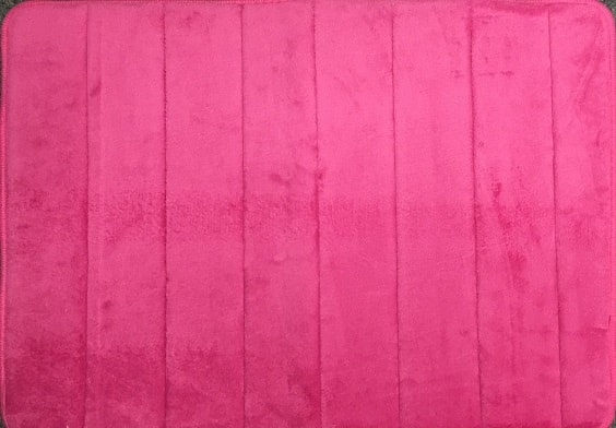 pink bathroom rugs 10-min