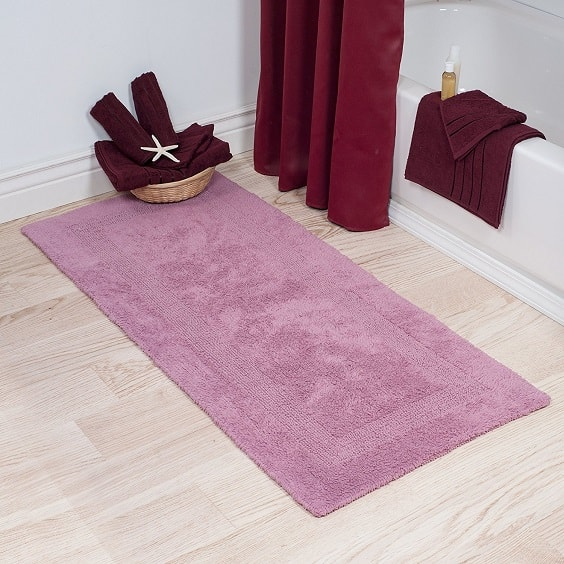pink bathroom rugs 2-min