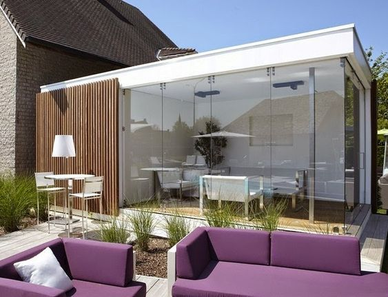 small patio with wall glass ideas 20