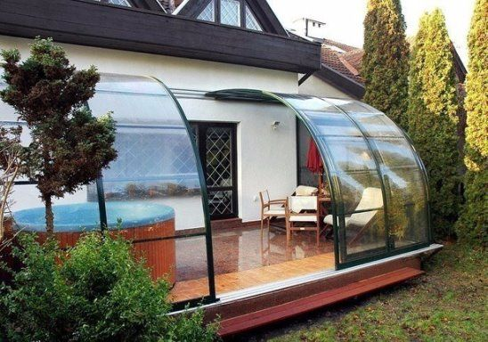 small patio with wall glass ideas 9