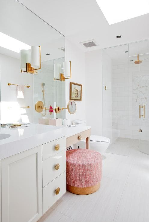 Bathroom Vanity with Makeup Counter Ideas 1-min