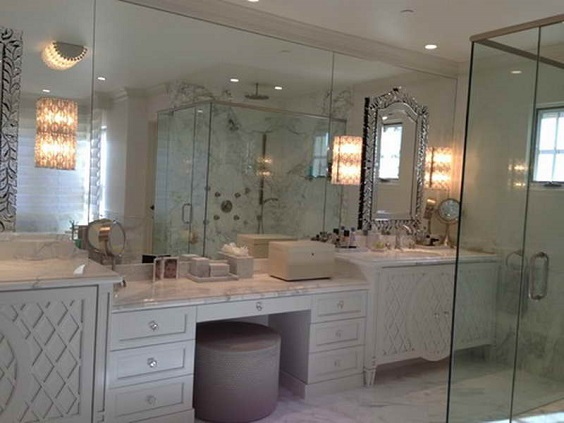 Bathroom Vanity with Makeup Counter Ideas 31